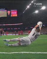 ¿Para eso le arrebataste el balón a Funes Mori? Salcedo erra penalti
