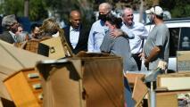 Presidente Biden recorre Manville, Nueva Jersey, una de las zonas más afectadas tras el paso de Ida