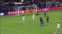 Impresionante asistencia del argentino Gustavo Bou termina con el descuento de New England