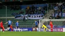 ¡Golazo! Gales se pone al frente con gol de Kieffer Moore
