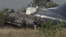 Captan en video cuando el avión con 21 personas intenta despegar y luego se estrella al norte de Houston
