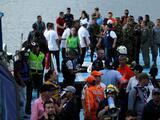 Un naufragio con cerca de 170 turistas deja al menos 6 muertos y decenas de desaparecidos en Colombia