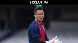 Gudiño responde a Solari y ve más intensidad en Chivas con Leaño