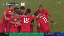 ¿Era imparable esa noche? Vargas aprovechó un error de la defensa y puso el 6-0 para Chile
