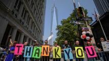 En medio del intenso calor, así transcurrió en Nueva York el desfile en honor a los héroes de la pandemia