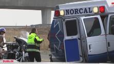 Mujer pierde la vida tras saltar de una ambulancia en movimiento