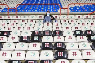 Fans o Aficion during the game Pachuca vs FC Juarez, corresponding to 15th round of the Torneo Apertura Grita Mexico A21 of the Liga BBVA MX, at Hidalgo Stadium, on October 24, 2021.  <br> <br> Fans o Aficion durante el partido Pachuca vs FC Juarez,, Correspondiente a la Jornada 15 del Torneo Apertura Grita Mexico A21 de la Liga BBVA MX, en el Estadio Hidalgo, el 24 de Octubre de 2021.