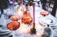 Pandemia provoca un aumento en el consumo de alcohol y tabaco, concluyen expertos