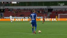 ¡Golazo del Leverkusen! Exequiel Palacios tomó un rebote y lo puso en la escuadra