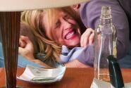 Rebeca golpeó con furia a Ricardo para salvarse de su intento de abuso