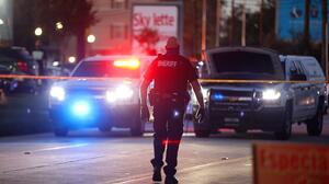 La policía halla una casa en Houston con tres menores abandonados y un esqueleto