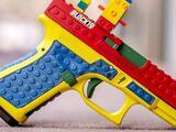 Pistola que parece de lego causa la ira de activistas que abogan por el control de armas