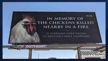 PETA conmemora la muerte de 165,000 gallinas con una valla publicitaria en Buckeye