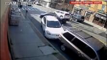 Policías salvan a un bebé atrapado bajo un coche en Yonkers