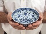 Hombre compra un cuenco por $35 y resulta ser un antiguo artefacto chino valorado en $500,000