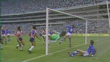 Cinco grandes atajadas en juegos entre Chivas y Cruz Azul