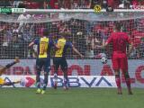 ¡Gol de San Luis! Germán Berterame engaña a García para el 0-1