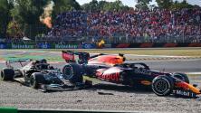 Checo pierde podio por castigo; choque de Hamilton y Verstappen