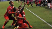 Panamá derrotó 2 - 1 a México y enfrentará a Estados Unidos en la final de Copa Oro