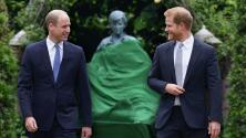 Escultor de la estatua de Lady Di resalta lo mucho que William y Harry ayudaron en su creación