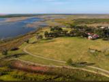Magnate deportivo Stan Kroenke compra en Texas uno de los ranchos más grandes de EEUU