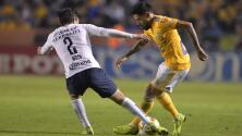 Dentro del 'Volcán', Tigres le dio la vuelta a Pumas que no pudo sostener la ventaja a su favor