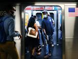 La MTA te multará con $50 por no usar cubrebocas en el transporte público