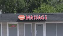 Arrestan a seis trabajadores en centros de masajes en Brookhaven tras investigación por casos de prostitución