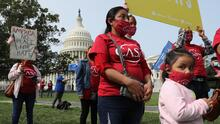 Inmigrantes marchan en Washington DC para pedir al Congreso una vía a la ciudadanía