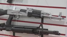 ¿Qué tanto ha aumentado la venta de armas en Houston tras la aprobación de la ley que permite su porte sin permiso?