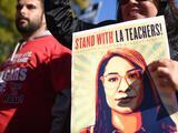Alcanzan acuerdo tentativo para finalizar histórica huelga de maestros en Los Ángeles