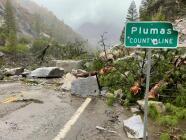 Deslave en el norte de California causa cierre de autopista