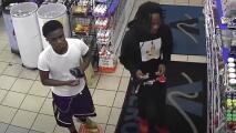 Buscan a dos menores acusados de robarle el auto a un buen samaritano tras darle un aventón