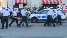 Arrestan a varios manifestantes que bloquearon las calles en protesta contra de ICE