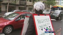 ¿Voto hispano a la baja en las primarias de California?