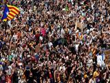 Cataluña agrega presión a España con una huelga por la arremetida policial durante el referéndum independentista
