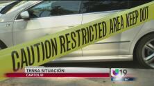 Alarma y confusión por hombre atrincherado en su auto frente al Capitolio