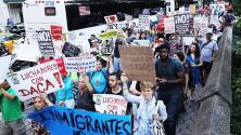 Dreamers a la espera de anuncio de Trump sobre posible cancelación del DACA