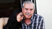 Lo impensable: el padre de Livia Brito le pide consejos de actuación