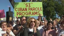 Cubanos en Miami protestan para pedir que se reanude el programa de reunificación familiar