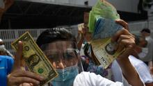 La hiperinflación pulveriza el dinero en Venezuela y los pobres son los que más sufren por la falta de efectivo