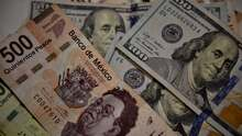 El peso mexicano ya iba en caída (y Trump le da un empujón)