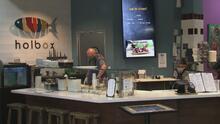 """""""Esto significa mucho"""": dueños de restaurantes familiares en Los Ángeles reciben ayuda económica"""