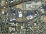 Evacúan Walmart del este de Bakersfield por amenza de explosivos