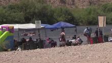 """""""Un ahogamiento puede ocurrir en 20 segundos"""": advierte un pediatra en Arizona"""