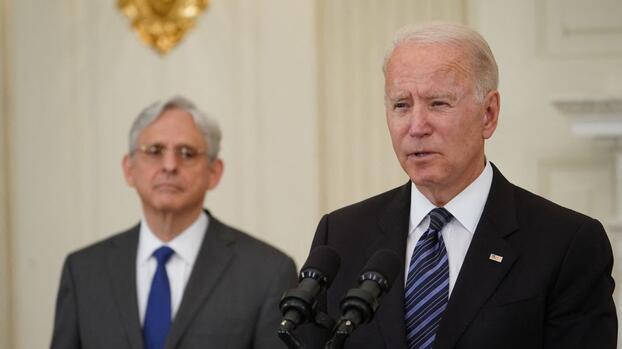 """""""Tolerancia cero"""" con armas ilegales: Biden presenta su plan para controlar la violencia"""