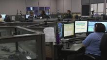 Persisten retrasos y problemas en centros de llamadas de emergencia en el norte de Texas por falta de trabajadores