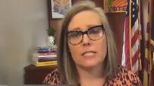 Katie Hobbs se postula para la gobernatura de Arizona