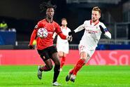 Sevilla despidió al Rennes de la justa continental goleando 3-1. El cuadro español avanza a la siguiente fase con 13 unidades, como segundo del Grupo E.