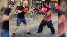 Boxear con un chango en plena calle: el último espectáculo de Julio César Chávez Jr. para recaudar dinero